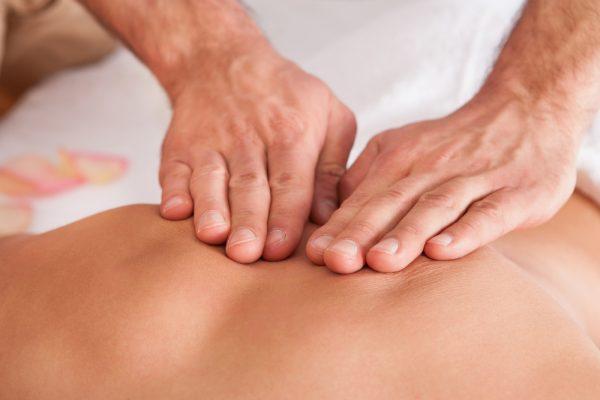 massage therapists hands
